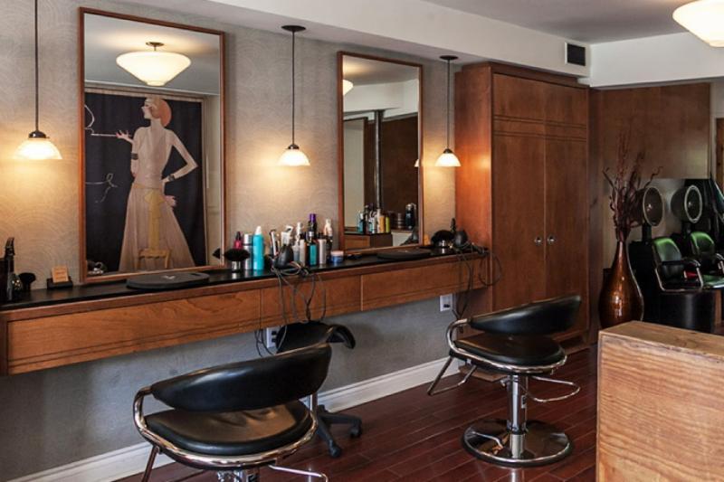 Bobby pin coiffure montr al qc 1320 av laurier e for Bobby pin salon