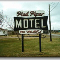 Pied Piper Motel - Photo 4