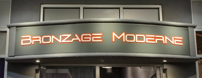 Bronzage Moderne - Photo 1