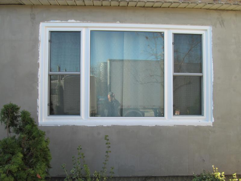 Custom Window - Photo 9