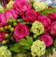 Jean's Flowers & Gifts - Photo 6