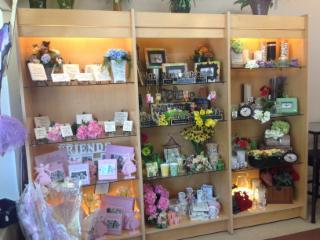 Jean's Flowers & Gifts - Photo 8