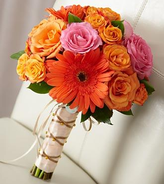 Victoria & Julia's Flowers - Photo 7