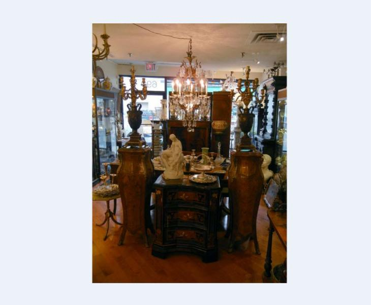 Bernardi's Antiques - Photo 4