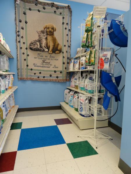 Brentwood Animal Hospital - Photo 7
