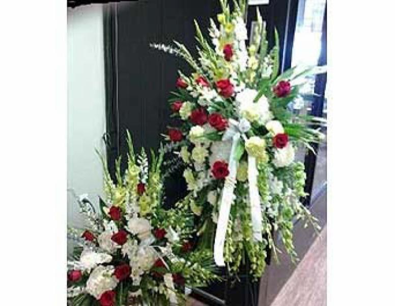 Applewood Village Florist - Photo 6