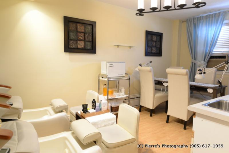 Michael's Hair Body Mind Salon and Medi-Spa - Photo 3