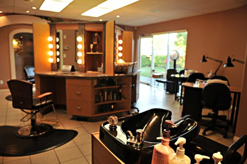 Eden Street Salon & Day Spa - Photo 4