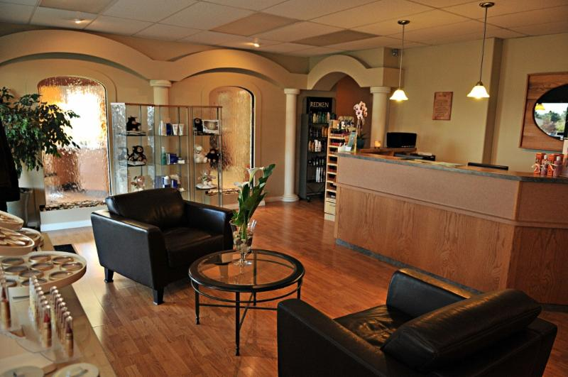 Eden Street Salon & Day Spa - Photo 2