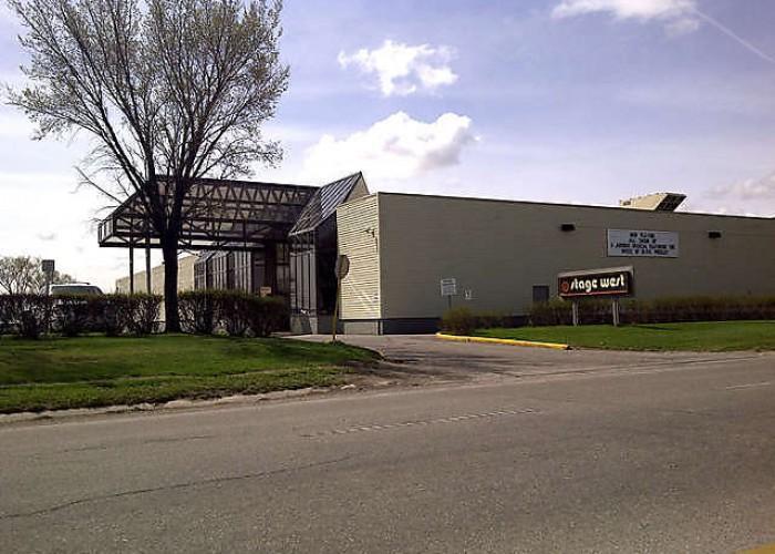 Stage West Theatre Restaurant - Photo 4