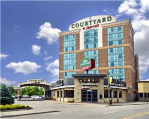 Courtyard By Marriott Niagara Falls - Photo 1