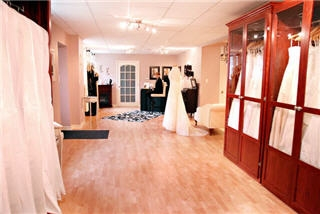 Bella Promessa Bridal Boutique Inc - Photo 3