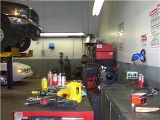 Geoff's Auto Repair - Photo 2