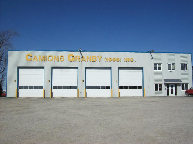 Les Camions Granby 1995 Inc - Photo 3