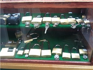 Kurt S Lock Amp Safe Kelowna Bc 100a 1021 Ellis St