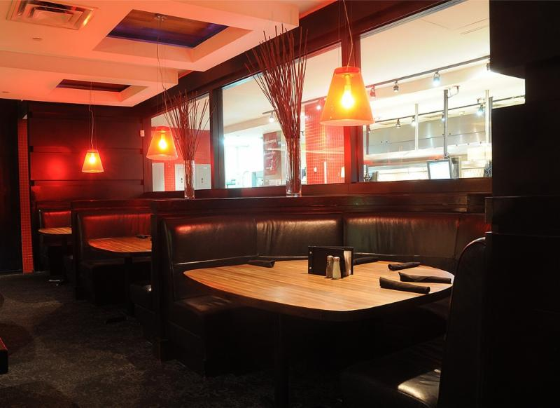 moxie 39 s grill bar north york on 30 3401 dufferin st. Black Bedroom Furniture Sets. Home Design Ideas