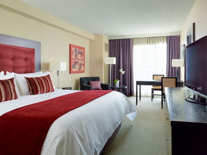 Chelsea Hotel, Toronto - Photo 4