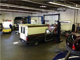 Searle's Auto Repair - Photo 4