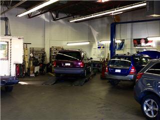 Searle's Auto Repair - Photo 3