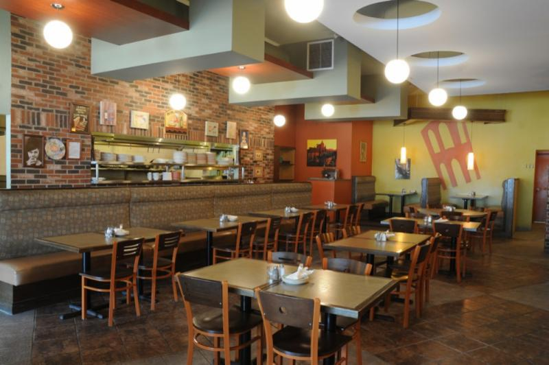 Canelli's Eatery - Photo 5