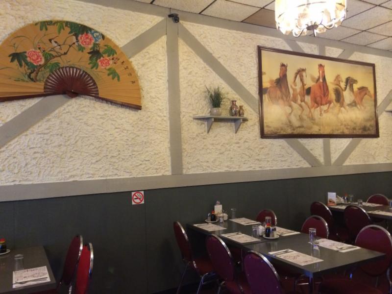 Tidbit Restaurant - Photo 2
