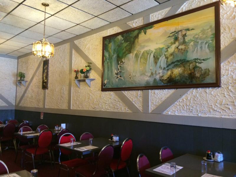 Tidbit Restaurant - Photo 1