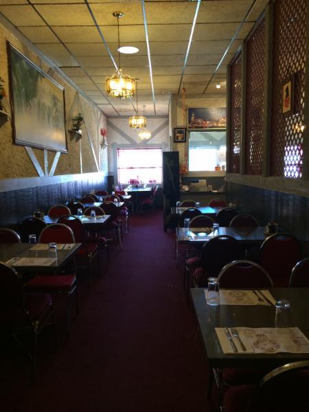 Tidbit Restaurant - Photo 8