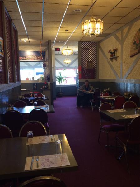 Tidbit Restaurant - Photo 7