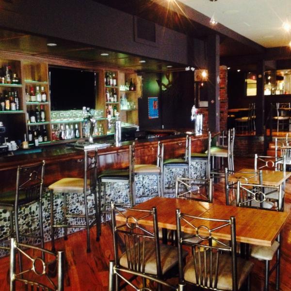 Safari Bar&Grill Inc - Photo 11
