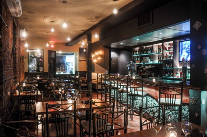 Safari Bar&Grill Inc - Photo 15