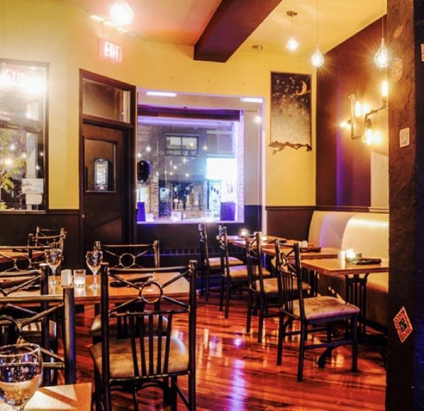 Safari Bar&Grill Inc - Photo 26