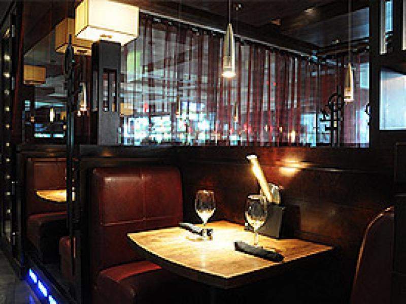 Moxie's Grill & Bar - Photo 4