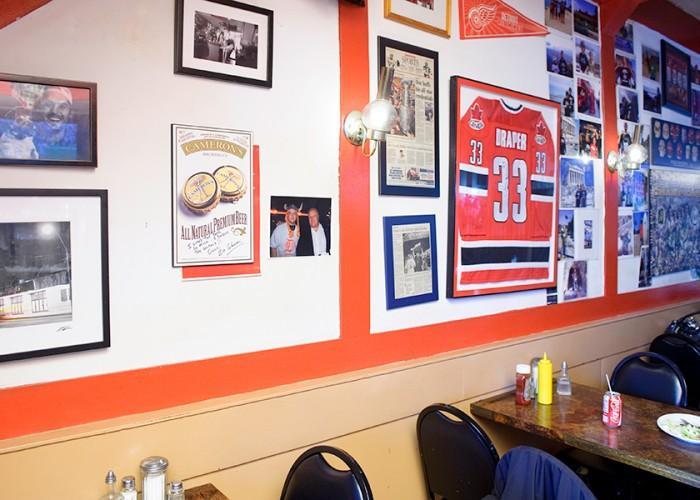 Detroit Eatery - Photo 3