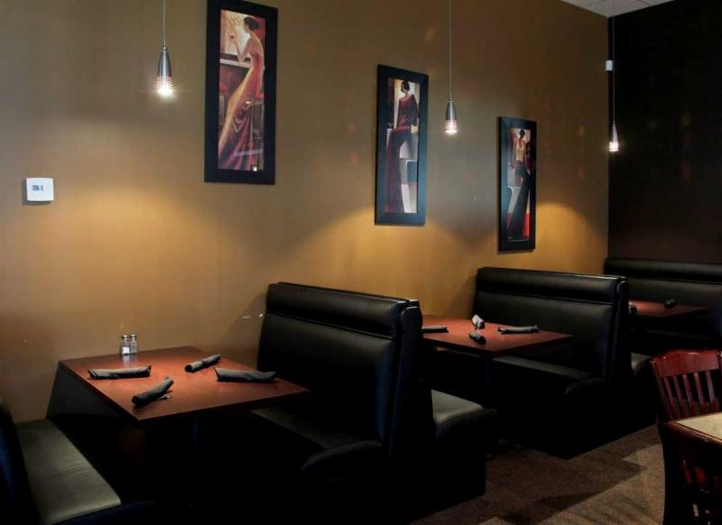 Scotty's Restaurant - Photo 9
