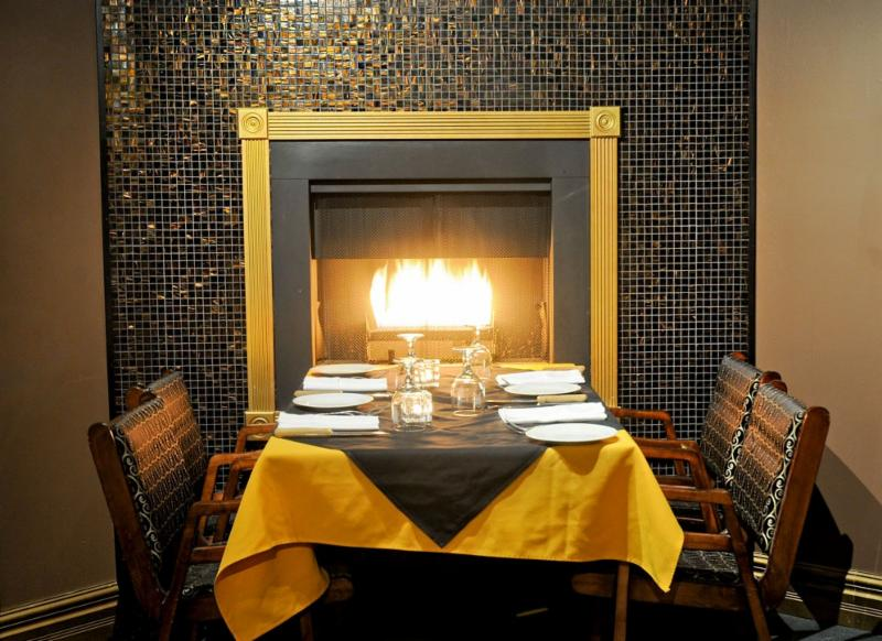 Towne And Country Steakhouse - Photo 6