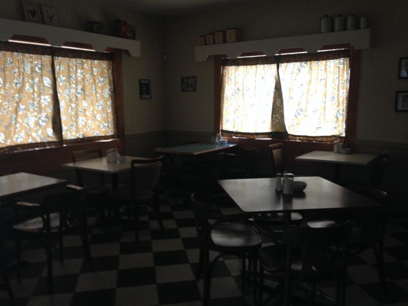Lock Street Diner - Photo 2