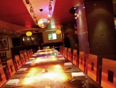 Versa Restaurant Bar - Photo 2