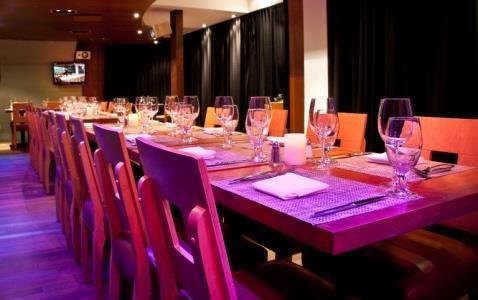 Versa Restaurant Bar - Photo 4