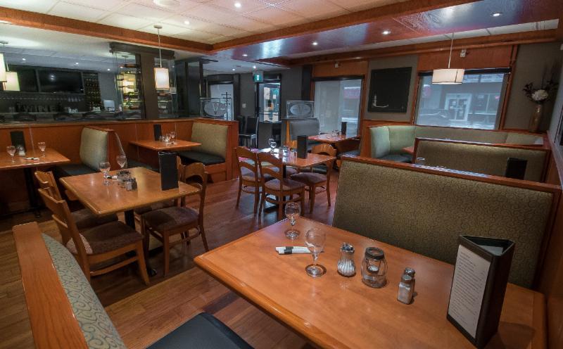 The Village Restaurant - Photo 38