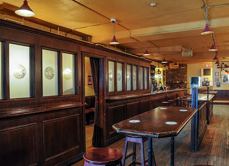Dora Keogh Pub - Photo 8