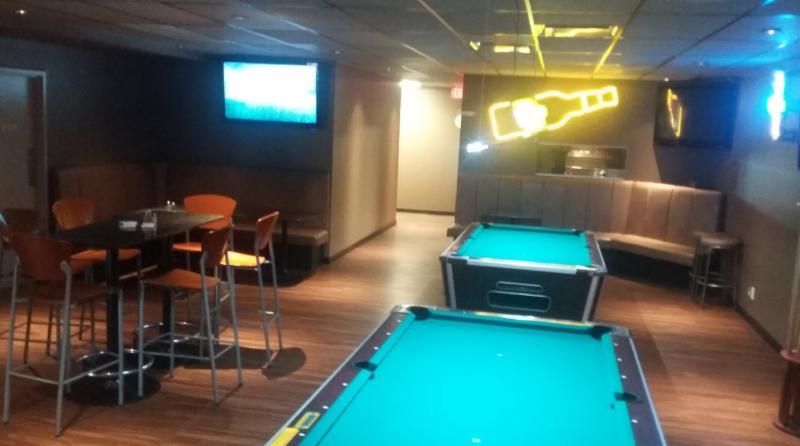 Koko's Restaurant & Sports Lounge - Photo 6