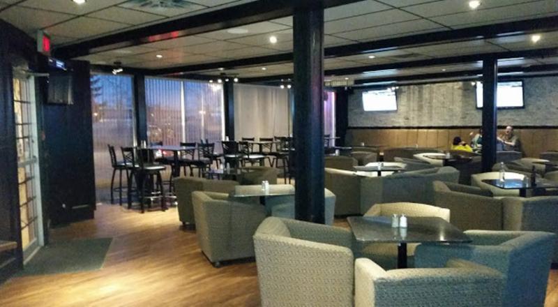 Koko's Restaurant & Sports Lounge - Photo 4
