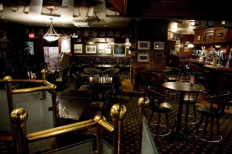 Cooper's Pub - Photo 4