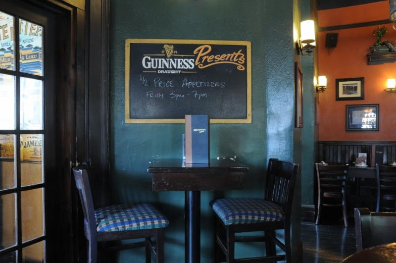 Murphy's Law Irish Pub Inc - Photo 3