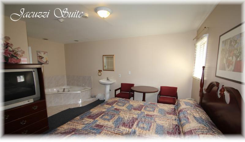 Lotus Motel - Photo 5