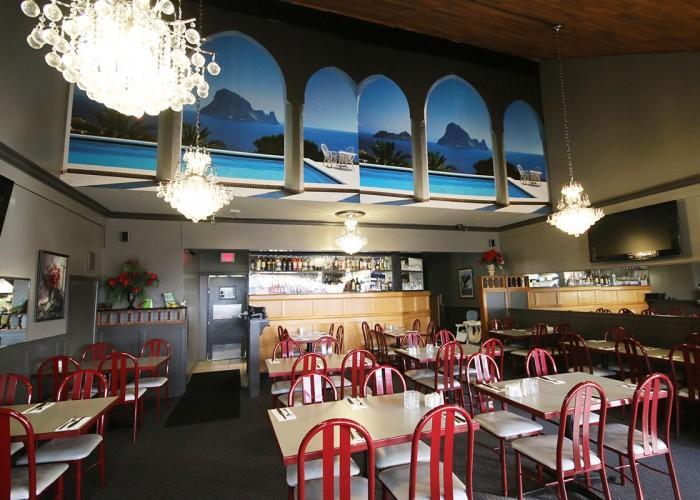 Ocean Park Pizza & Steak House - Photo 2