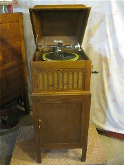 AAA Antiques And Evaluations - Photo 2