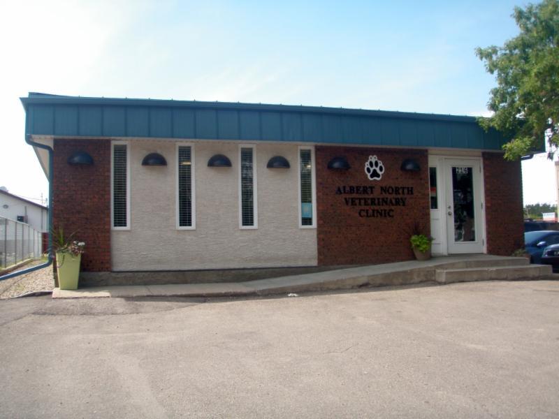 Albert North Veterinary Clinic - Photo 1