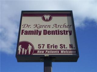 Archer Karen Dr - Photo 1
