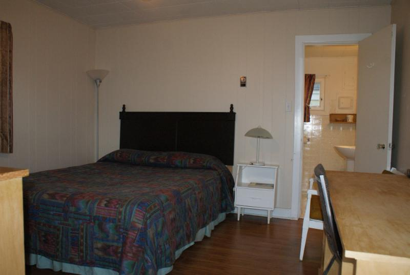 Regent Motel - Photo 7